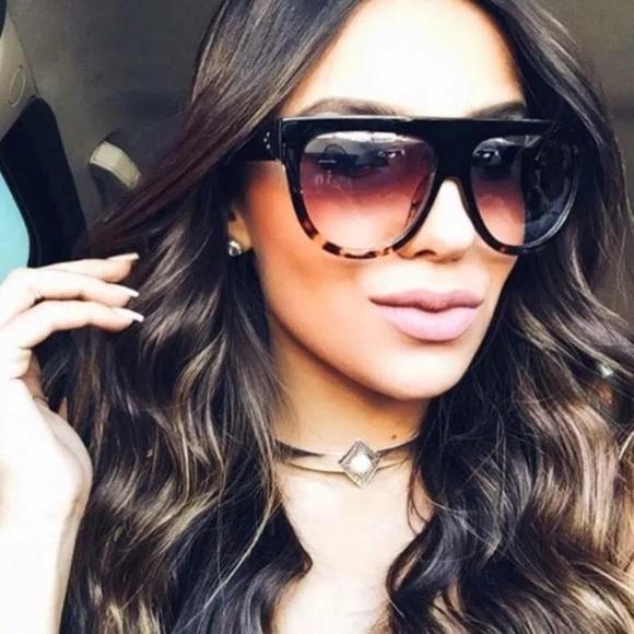 cec129628cb •Black Havana Tortoise Flat Top Sunglasses•