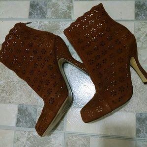 Hale Bob Shoes - Hale Bob Heels