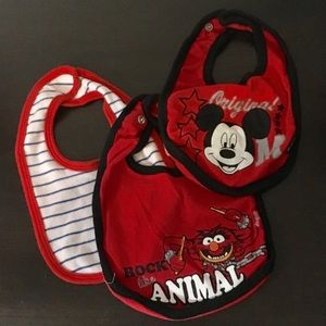 Disney Other - 🦊Set of Bibs🦊