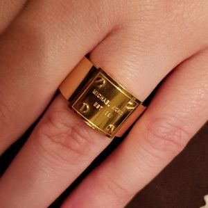 NWOT Michael Kors gold ring