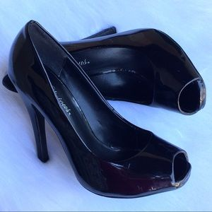 Delicious Shoes - Black Patent Peep Toe Pumps