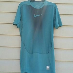 Nike Other - Nike pro combat top