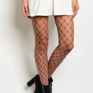 Accessories - ☀️NEW☀️Set of 2 Fishnet Diamond Stockings - Black
