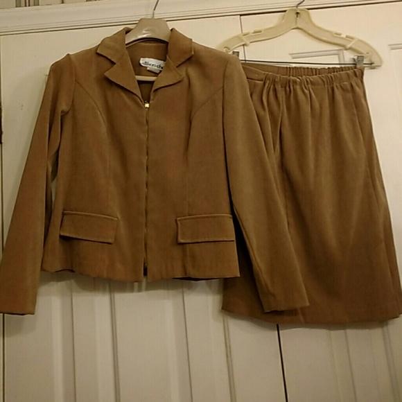 allison-che Other - Suit - Size 6P