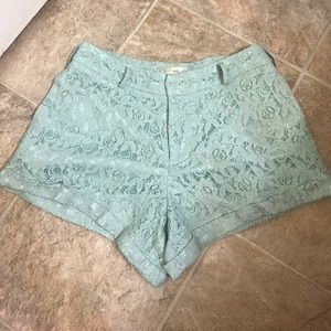 Alythea Pants - Turquoise lace shorts