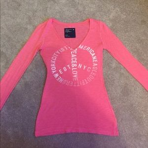 American eagle, size small long sleeve v neck