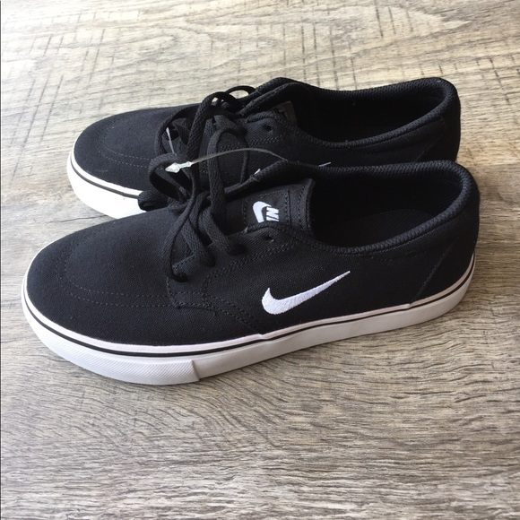 77ac8af2d Nike Shoes | Brand New Canvas Tennis Boat Kids New | Poshmark