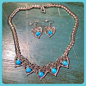 InEveryCorner Jewelry - 30% OFF BUNDLES✨Turquoise Hearts & Necklace Set✨