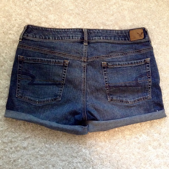 May 26, · Missy Rogers asked how it's possible American Eagle shorts that were a size 4 a short time ago are now produced with nearly the same dimensions as a size