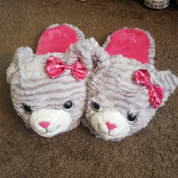 09f263a4880 DanDee Shoes - Pink and Gray Cat Slippers Size XL (4-5)