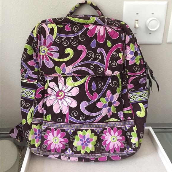 🎉SALE🎉 Vera Bradley backpack w  FREE lunch bag. M 593d8ec8713fde8275010198 c7eb5df20fb99