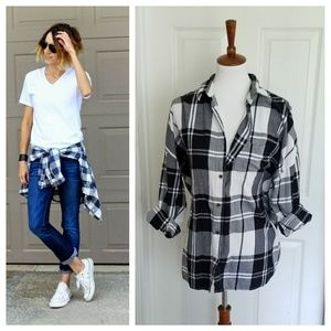 Old Navy BF Plaid Flannel Top