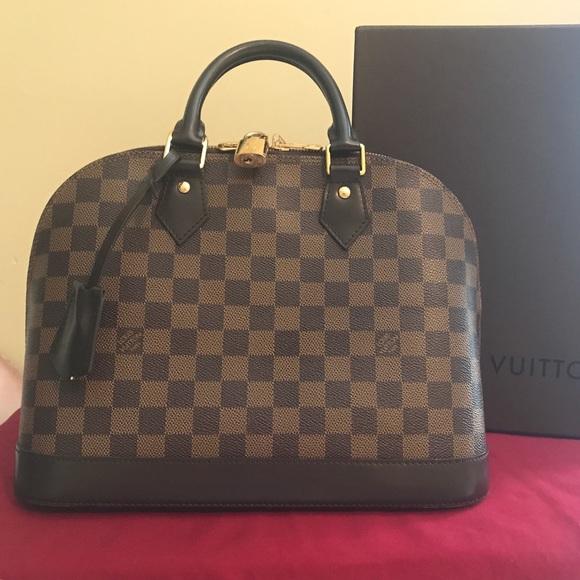 4fe605122150 Louis Vuitton Handbags - Authentic Louis Vuitton Alma PM Damier Ebene
