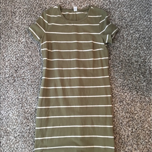 25 off old navy dresses skirts old navy striped t for Navy striped dress shirt