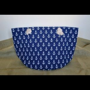 Handbags - :: SOLD :: Anchor pattern navy large beach tote.