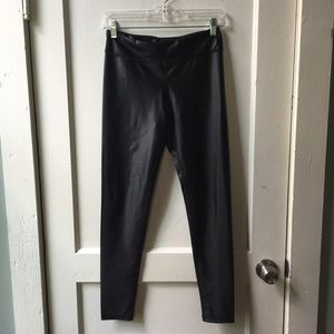 MONO B Faux Leather Look Performance Legging