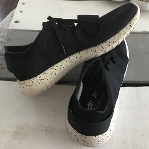adidas Shoes - Adidas Tubular Speckled Sneakers