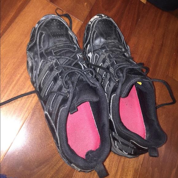 80 skechers shoes skechers slip resistant black