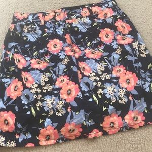 croft & barrow Pants - Floral Skort. Size 12.