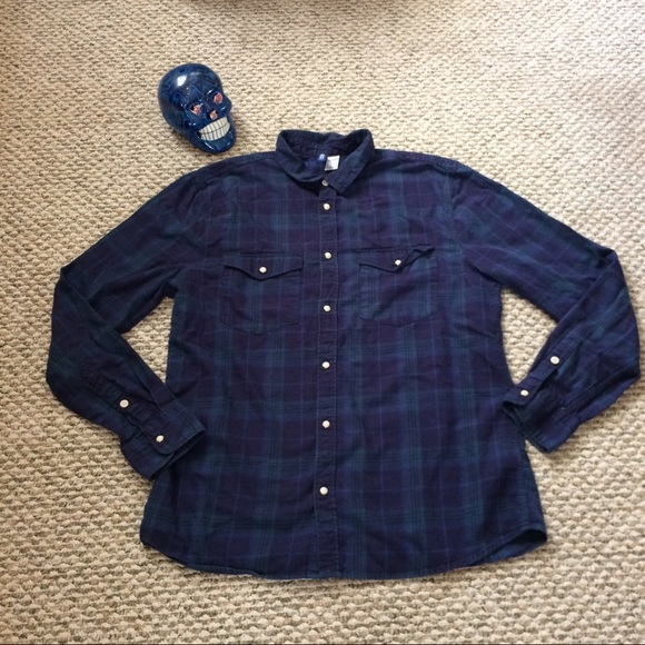 80 off h m other h m men 39 s slim shirt fit flannel size for Mens shirts with snaps instead of buttons