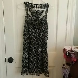 Dresses & Skirts - black and white butterfly dress