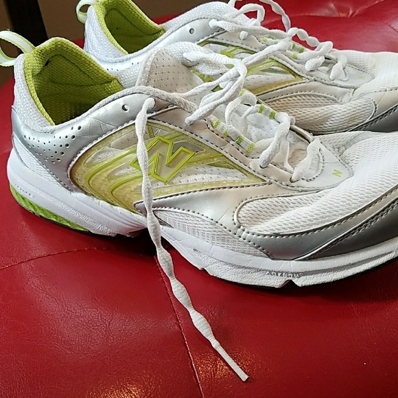 89 new balance shoes 9 wide no insoles new balance