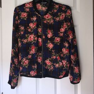 About A Girl Jackets & Blazers - Lightweight flower and plaid bomber 🌺