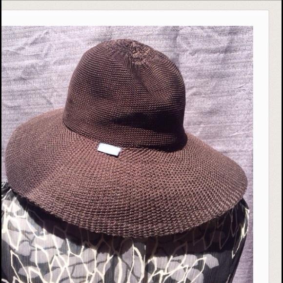 41a72efa490 Wallaroo Hat Company Brown Victoria Diva BeachHat.  M 593db5a8ea3f36be06028eb8. Other Accessories ...