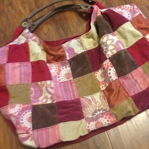 Large Tote/Purse With Inside Zip Pocket