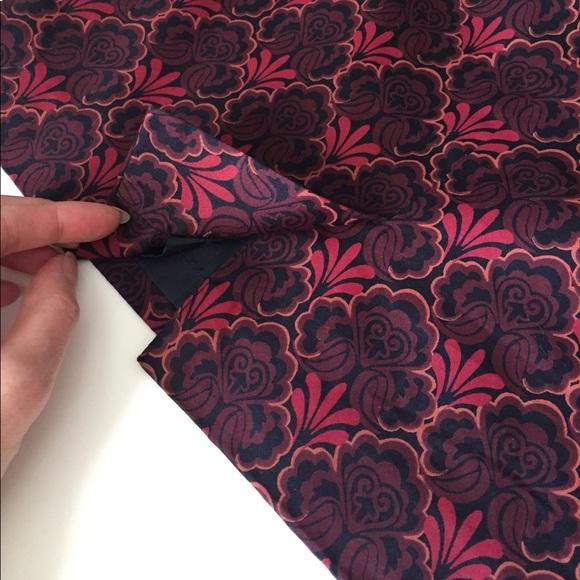 LOFT Skirts - Loft 100% cotton pencil skirt; size 00P