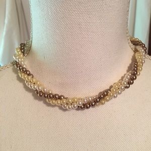 "AVON Vintage ""Multi-color Pearl"" Choker Necklace"