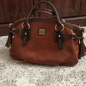 Dooney & Bourke Handbags - Dooney and Bourke satchel