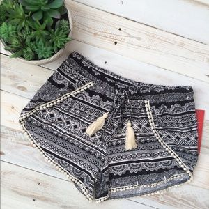 Hot Kiss Pants - Print Short Crochet