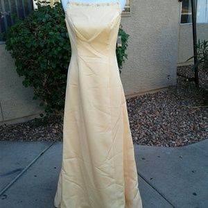 ALEXIS  Dresses & Skirts - GORGEOUS 2 TONED YELLOW GOWN SIZE 10 NWT