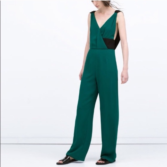 2ba7d44b2fc Zara emerald green jumpsuit XS. M 593ddb415a49d0c2ac031424