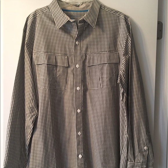58 Off Columbia Other Nwot Checkered Columbia Button