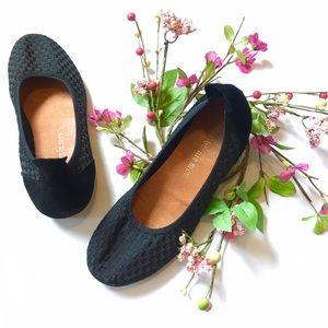 bernie mev. Shoes - Bernie Mev black woven Hazel Ballet flat