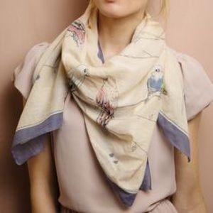 2 Chic Accessories - 2 Chic bird line scarf