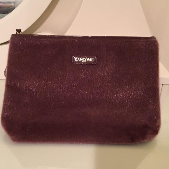 dark red faux fur cosmetics bag 1a36ee54fc2c8