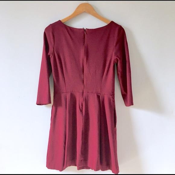 Banana Republic Dresses - Pleated Pocket Dress