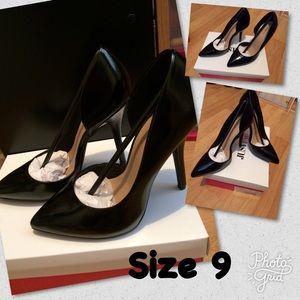 JustFab heels size 9 NEW