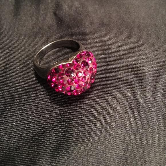 302c38ec7 Swarovski crystals red heart ring. M_593e096f8f0fc4bec50407e6
