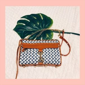 Rebecca Minkoff Handbags - 🏸RARE WOVEN Rebecca Minkoff MAC CROSSBODY