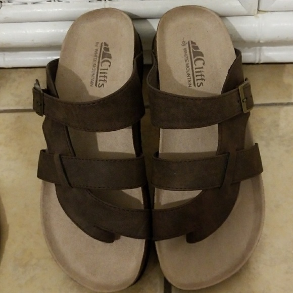 91aac58027d8 Birkenstock Shoes - NWOT Cliffs by WHITE MOUNTAIN sandals.