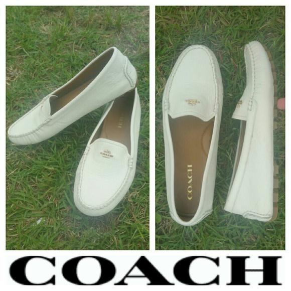 ed0d0be4118 Coach Amber Chalk Pebble Grain Leather Loafer 10