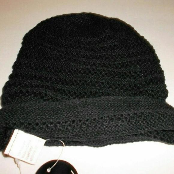 Black non Bulky Cable Knit Beanie Cap Womens NWT b57bae136c