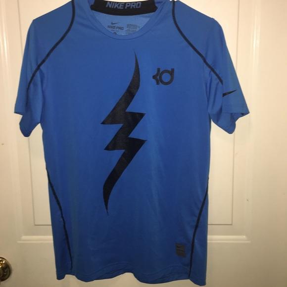 defd00314c1 Boys Nike KD Shirt. M 593e7768f739bc131b04e8fb