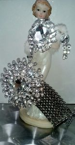 Jewelry - Stunning bracelet with ring attached and earrings