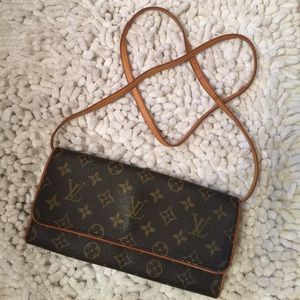 Louis Vuitton Handbags - Twin Pochette GM✨
