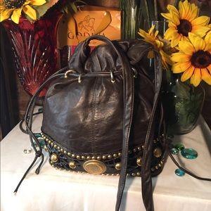 Handbags - 💋SALE💋Cute Drawstring Leather Bag